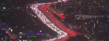Los Ángeles ha logrado crear un atasco infinito y monstruoso por Acción de Gracias