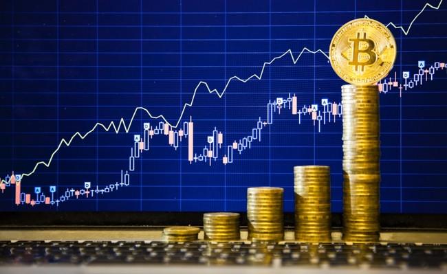 El bitcoin supera los 5.000 dólares, vale nueve veces lo que hace un año