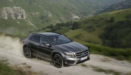 Mercedes-Benz Gla off road