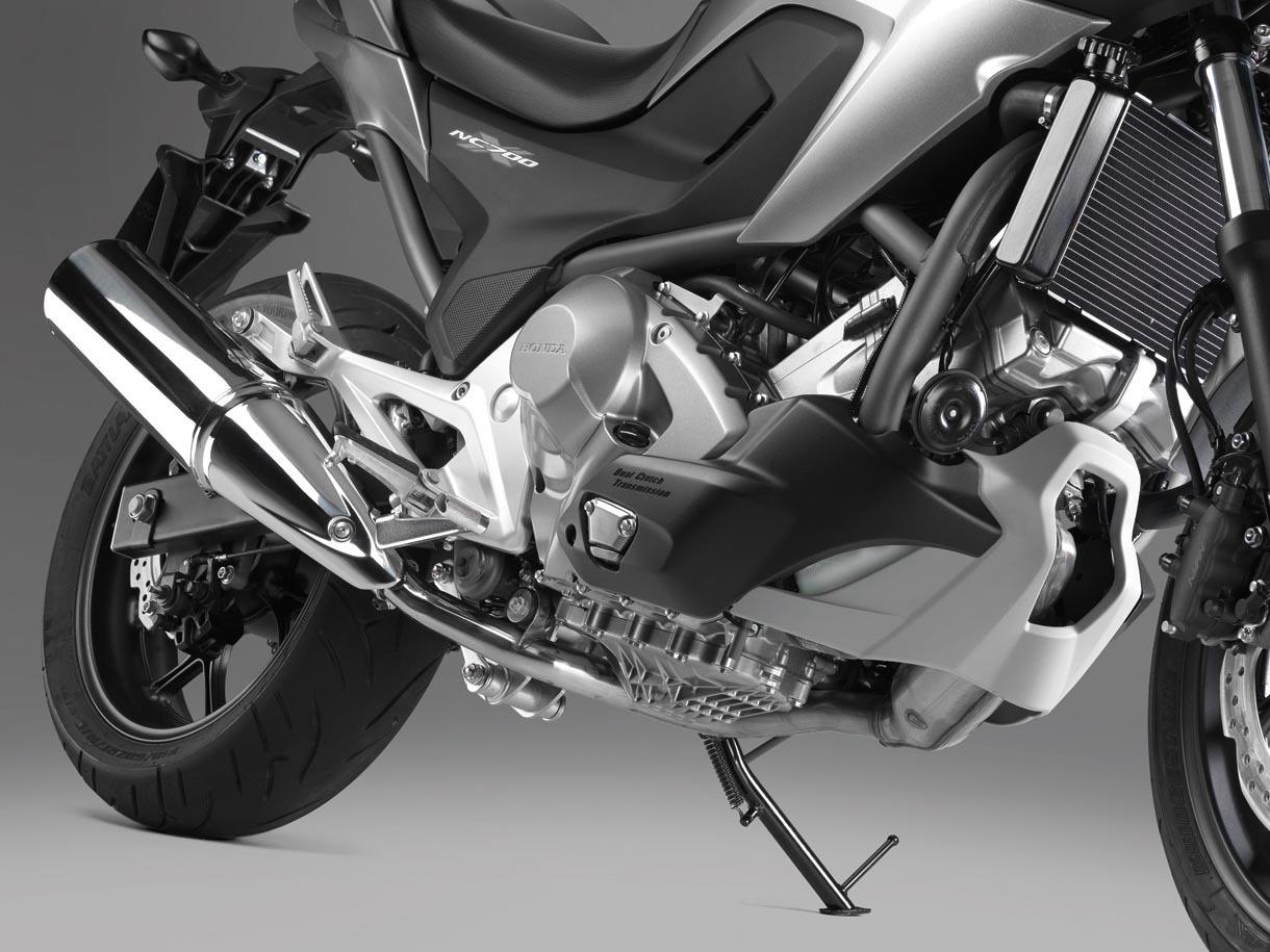 Foto de Honda NC700X, Crossover significa moto para todo (10/15)