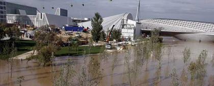 Expo Zaragoza 2008: contratiempos debidos a la crecida del Ebro