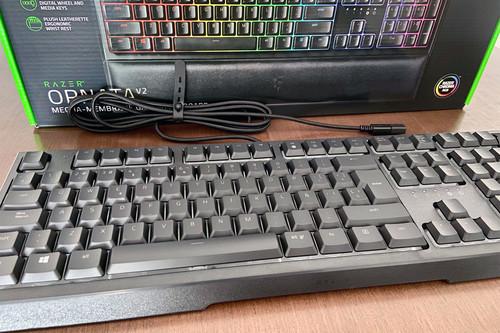 Análisis del Razer Ornata V2: un teclado híbrido que ofrece lo mejor del mundo mecánico y el de membrana