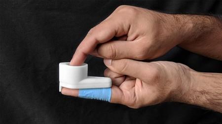 Este dispositivo promete un autodiagnóstico de VIH en minutos y está fabricado de plástico reciclado