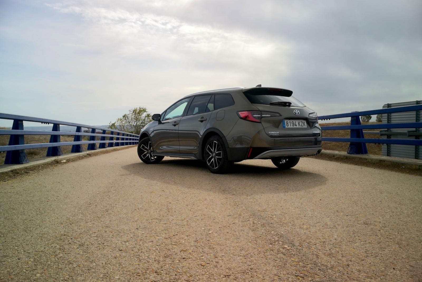 Foto de Toyota Corolla Trek - Imágenes exteriores (20/31)