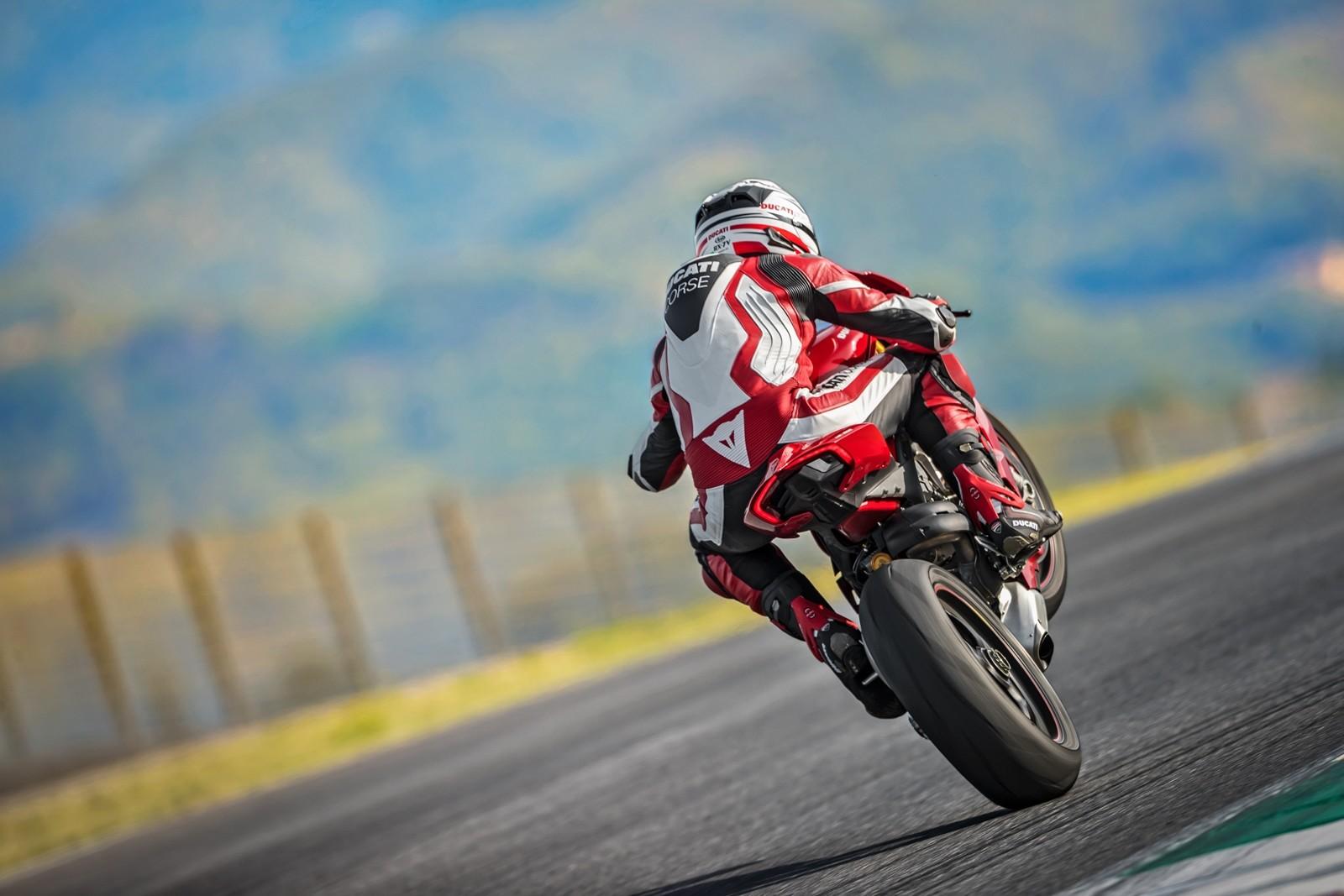 Foto de Ducati Panigale V4 2018 (34/52)
