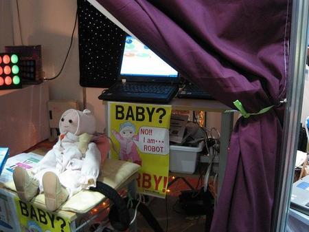 Un bebé robot para prácticas en Neonatología