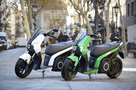 Las ayudas a la compra de motos eléctricas del Plan MOVES II, pendientes en parte de España; el Plan Renove sigue parado