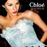 1998, Chloé