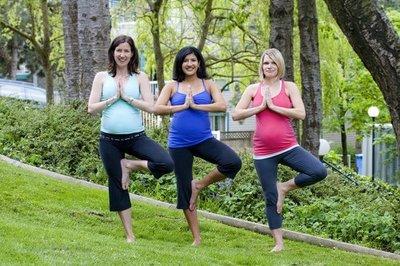 """Bikram yoga o """"yoga caliente"""", ¿bueno para embarazadas?"""