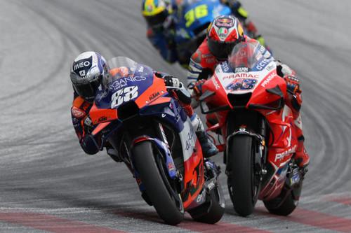 Miguel Oliveira es el último invitado a un camarote de los hermanos Marx llamado MotoGP 2020