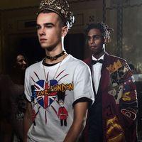 Dolce & Gabbana y su ejército millennial conquistan Harrods en Londres con una nueva colección