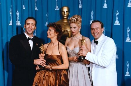 Mira Sorvino con el Oscar