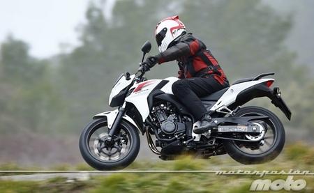 Honda CB500F, prueba (conducción en ciudad y carretera)