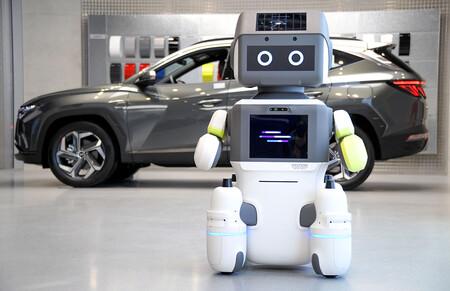 Hyundai ha lanzado un robot como WALL-E, pero en vez de recoger basura nos ayudará a comprar un coche