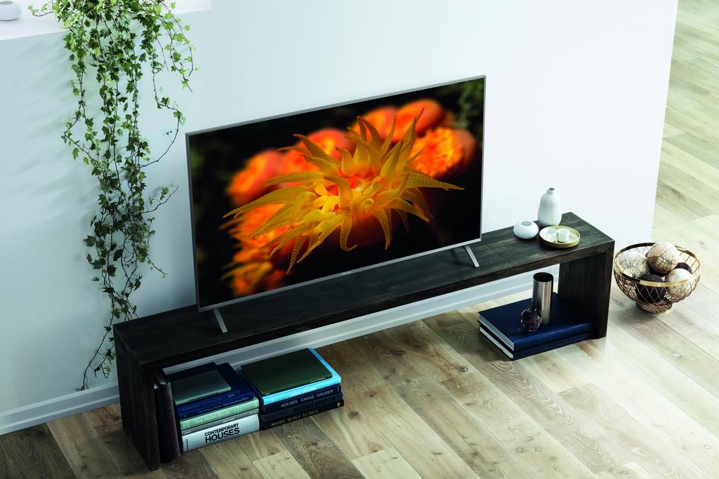 Panasonic Led Tv Fx700 Lifestyle