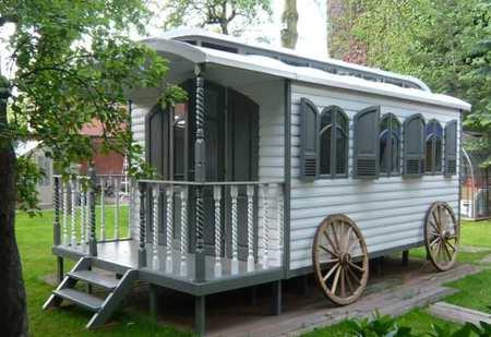 gipsy-wagon.J