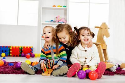 ¿Cuáles son los mejores juguetes para niños pequeños?