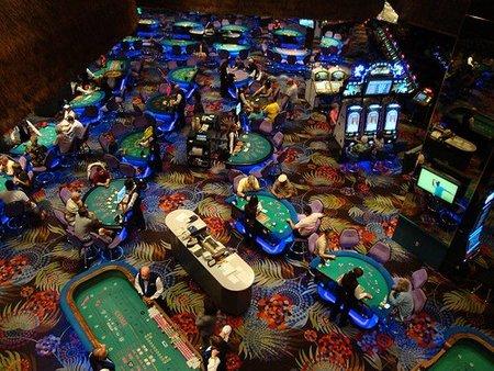 Hay que acabar con el fraude fiscal de bingos y casinos