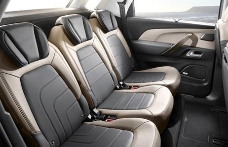 Citroën C4 Picasso 2013 interior 025