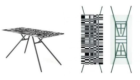 Una mesa en el suelo, un cuadro en la pared