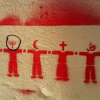 Las personas religiosas votan con más frecuencia que las que no lo son