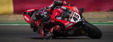 Scott Redding recupera el liderato del mundial de Superbikes dominando el recital de Ducati en MotorLand