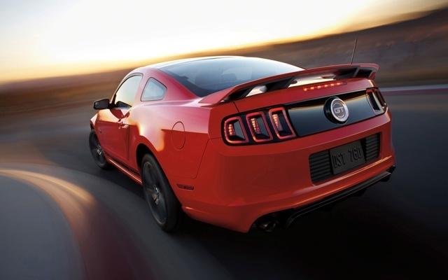 Foto de Ford Mustang 2014 (9/18)
