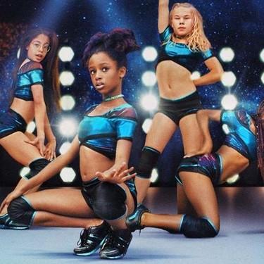 Acusan a Netflix de promover un mensaje de hipersexualización de las niñas en la película 'Guapis'