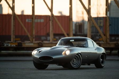 """Jaguar E-Type Low Drag Coupé """"OWL226"""", esto es lo que resulta cuando inviertes diez años en una restauración"""