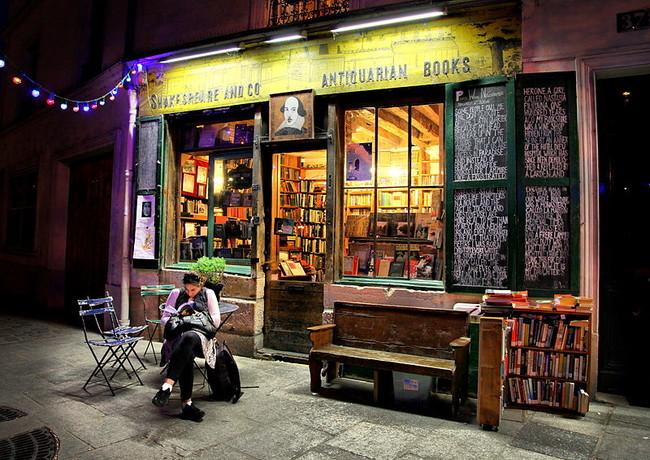 Estas son las librerías que nos han enamorado en Instagram y por las que nos gustaría pasearnos de verdad