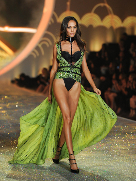 Joan Smalls Victorias Secret desfile 2013