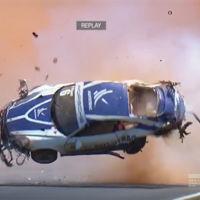 Dolorpasion™ es ver este Porsche 911 GT3 Cup dar 9 vueltas de campana