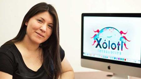 Mexicana emprende su propio negocios de videojuegos en Puebla