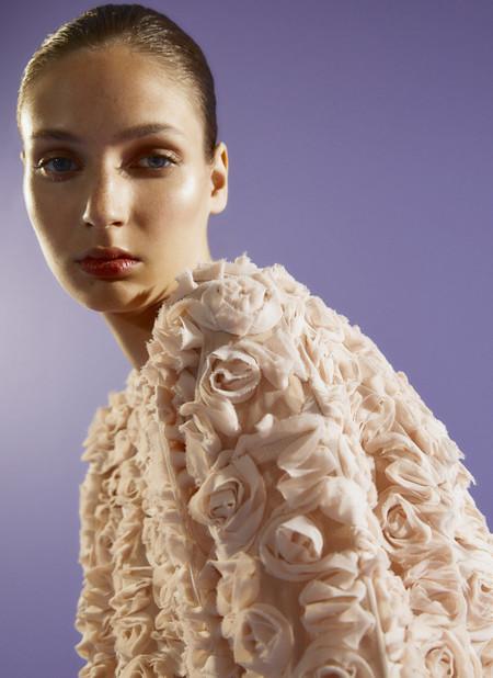 Tops, camisas, jerséis: la nueva colección de Uterqüe tiene las prendas de arriba más bonitas del otoño