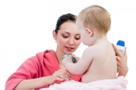 Cosméticos para la piel del bebé
