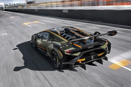 Lamborghini Huracan Super Trofeo Evo2 2021 011
