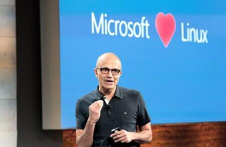 Microsoft hace aún más fácil usar WSL: ya se puede descargar en Windows 11 como una aplicación más desde la Microsoft Store