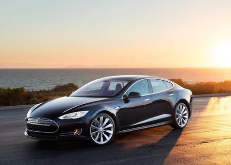 Tesla Model S 2013 1024 02
