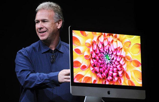 Phil Schiller con los nuevos iMacs