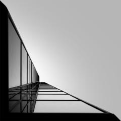 Foto 5 de 7 de la galería arquitectura-en-blanco-y-negro-por-kevin-saint-grey en Decoesfera