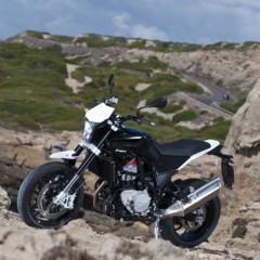 Foto 20 de 111 de la galería husqvarna-nuda-900-y-900r-datos-y-fotos-oficiales en Motorpasion Moto