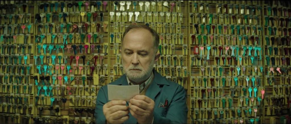 '22 otra vez': el anuncio de la Lotería de Navidad es una mezcla demencial de 'Atrapado en el tiempo' y 'Este es mi barrio'