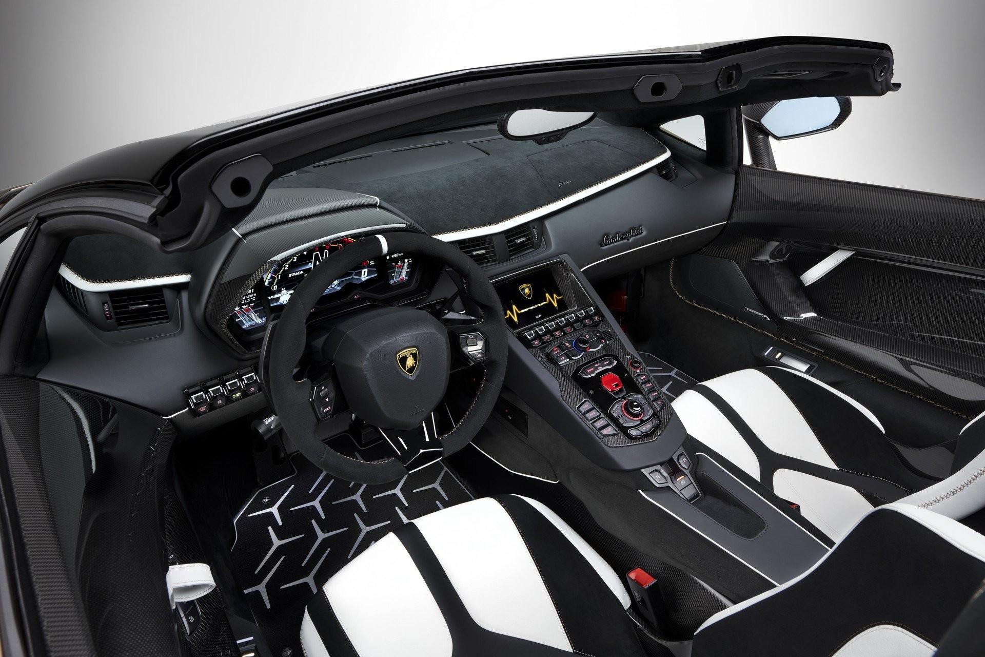 Foto de Lamborghini Aventador SVJ Roadster (28/29)