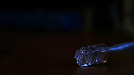 DARPA se asocia con dos empresas para hacer más fuerte a su buscador de la darknet