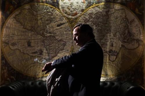 'El hombre de las mil caras', esta España mentirosa