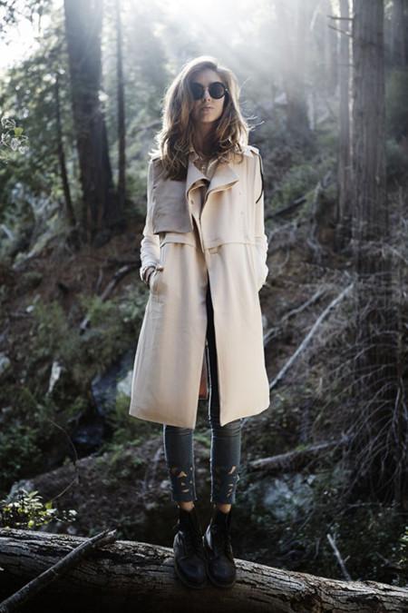 ¿Encuentras alguna prenda más genial en primavera que el trench? Las blogueras, no