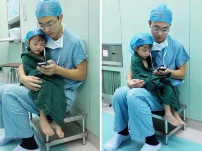 Detienen una operación de corazón para tranquilizar a su pequeño paciente de dos años