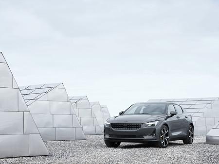 Polestar 2, el coche eléctrico que busca competir con el Model 3 de Tesla llega por 39.900 euros