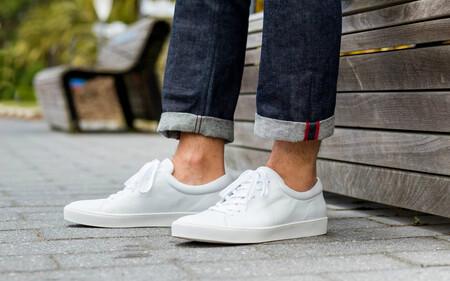 Todo al blanco: las mejores zapatillas que llevarás en 2021 están las rebajas de Bershka