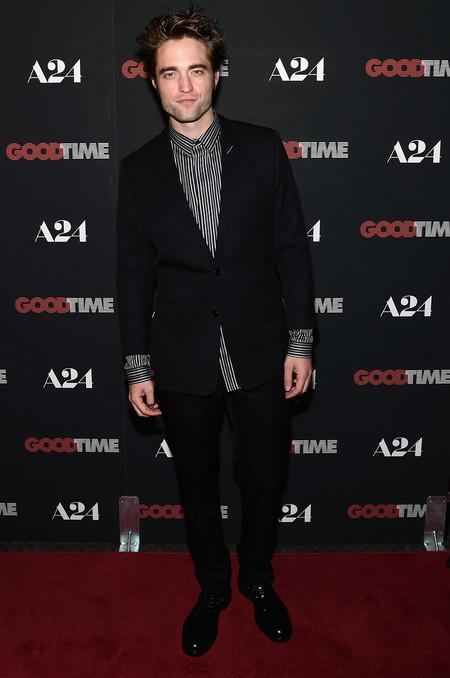 Robert Pattinson Cayo En El Peor Error Al Vestir Un Traje Se Lo Perdonamos 3